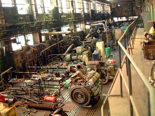 vnitřek průmyslové haly