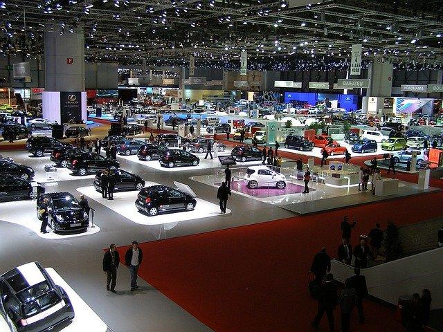 ukázka ženevského autosalonu