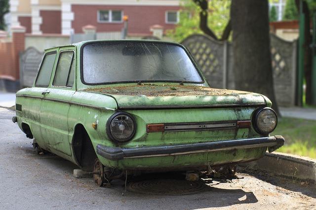 I když vaše auto vypadá jako vrak, opravit se dá.
